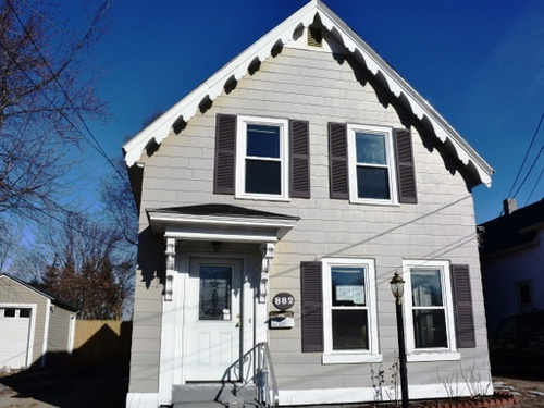 Photograph of 882 Valley Street, Manchester, NH 03103