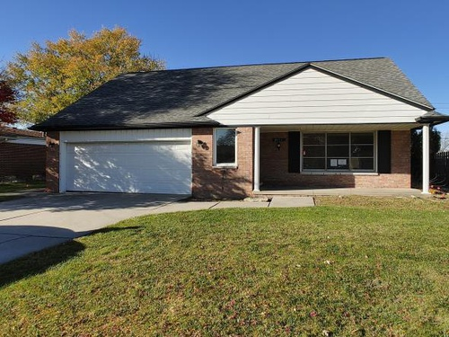 Photograph of 34647 Esper Dr, Sterling Heights, MI 48312