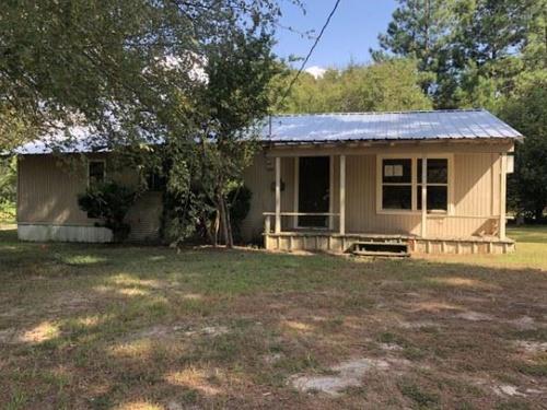 Photograph of 8844 County Road 3410, Brownsboro, TX 75756