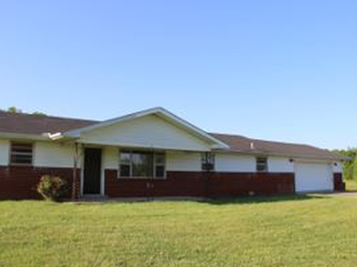 Photograph of 326 W Highway 635, Science Hill, KY 42553