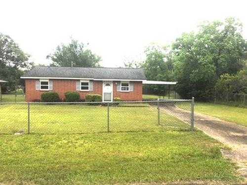 Photograph of 3231 Hackberry Lane, Montgomery, AL 36116