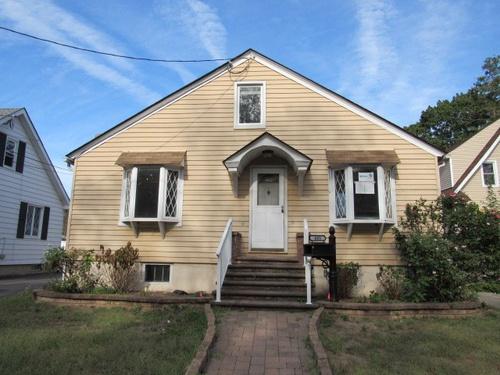Photograph of 405 Woodbine Ave, Westville, NJ 08093