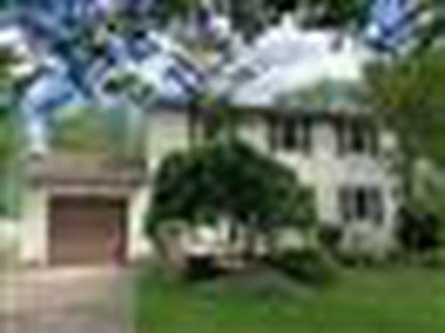 Photograph of 861 Fairmont Ave, North Tonawanda, NY 14120