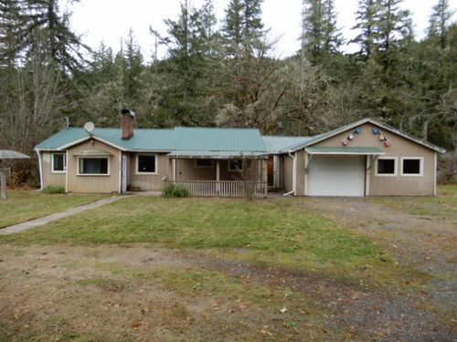 Photograph of 48765 Santiam Hwy, Cascadia, OR 97329