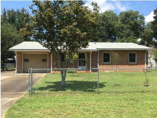 Photograph of 4684 Poinciana Dr, Pensacola, FL 32526