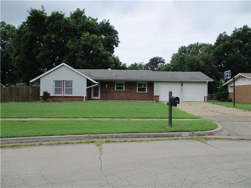 Photograph of 1413 May Ln, Bartlesville, OK 74006