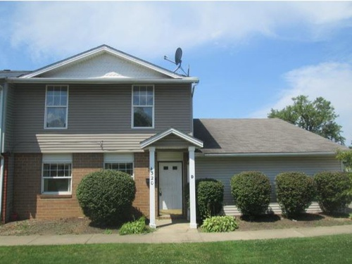 Photograph of 4320 D East 167th St, Cleveland, OH 44128