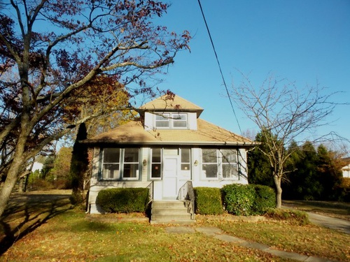 Photograph of 87 E Germantown Ave, Maple Shade, NJ 08052