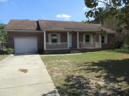 Photograph of 3363 Vardaman Ave, Hope Mills, NC 28348