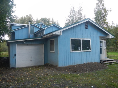 Photograph of 1071 Victor St, North Pole, AK 99705