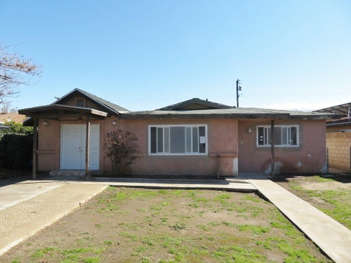 Photograph of 612 Walnut Dr, Arvin, CA 93203