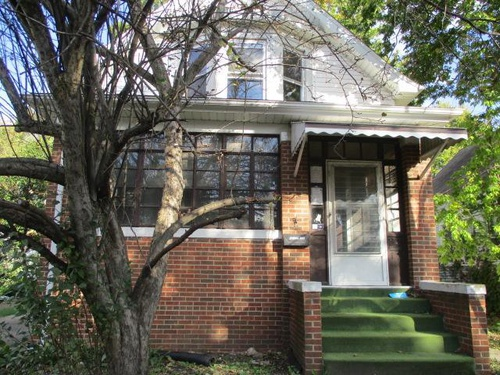 Photograph of 2312 N Maryland St, Peoria, IL 61603