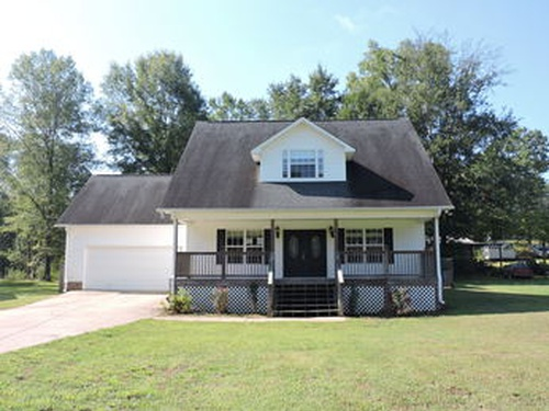 Photograph of 4030 Masters Rd, Pell City, AL 35128