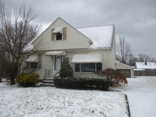 Photograph of 2361 E 290th St, Wickliffe, OH 44092