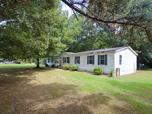 Photograph of 1002 Hunter Lake Estates, Crystal Springs, MS 39059