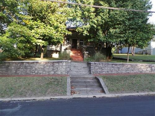 Photograph of 505 S Jefferson St, Neosho, MO 64850