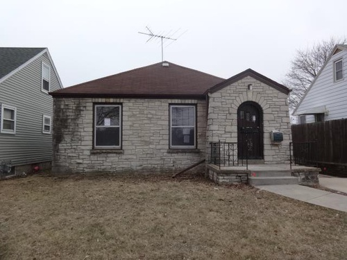 Photograph of 7427 W Caldwell Ave, Milwaukee, WI 53218