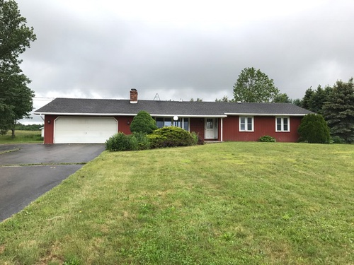 Photograph of 10678 Mile Block Rd, North Collins, NY 14111
