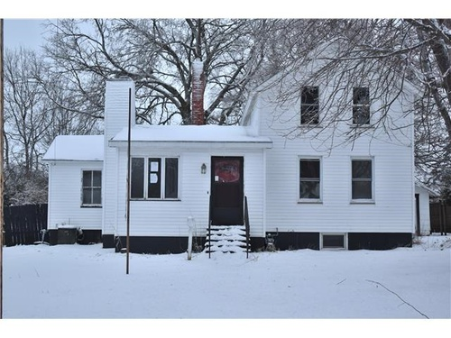 Photograph of 807 2nd Street NE, Galva, IL 61434