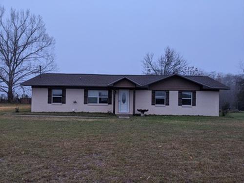 Photograph of 4290 D Hodge Rd, Cottonwood, AL 36320
