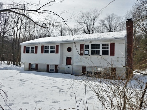 Photograph of 106 Sucker Brook Rd, Winsted, CT 06098