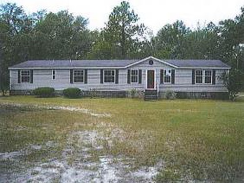 Photograph of 511 Dr Blitch Dr, Ellabell, GA 31308