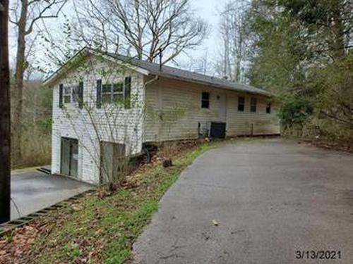 Photograph of 790 Sulphur Springs Rd, Clinton, TN 37716