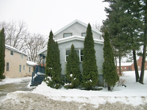 Photograph of 921 Cherry St, Utica, NY 13502