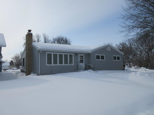 Photograph of 111 E 2nd Ave N, Cavalier, ND 58220