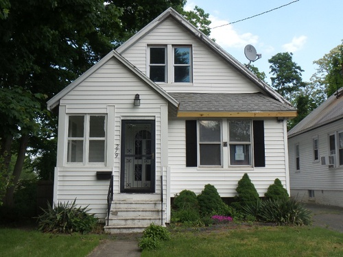 Photograph of 279 Peck Ave, West Haven, CT 06516
