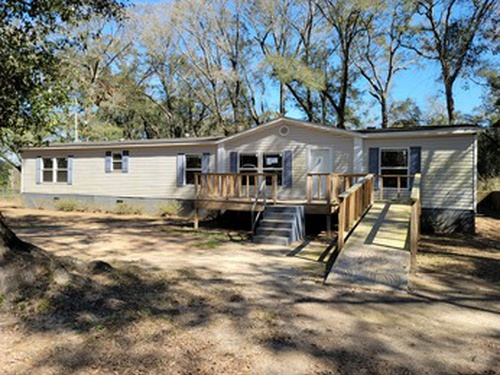 Photograph of 4130 Markris Cir E, Eight Mile, AL 36613