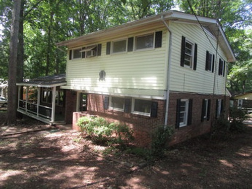 Photograph of 1611 Whitman Pl, High Point, NC 27260