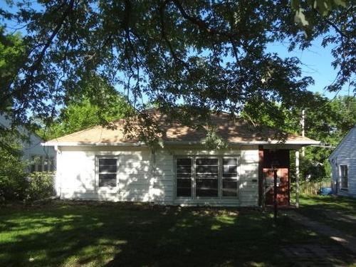 Photograph of 828 SW Parkview St, Topeka, KS 66606