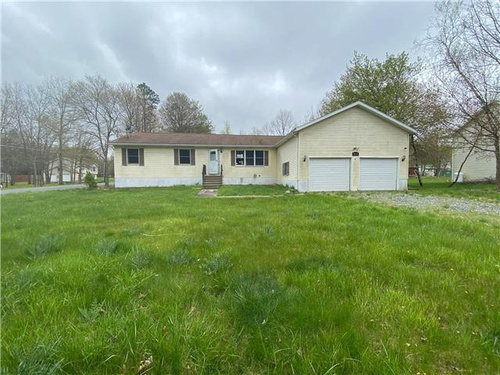 Photograph of 416 Mountain Rd, Albrightsville, PA 18210