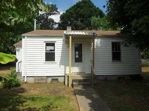 Photograph of 2533 Louise St, Johnson City, TN 37601