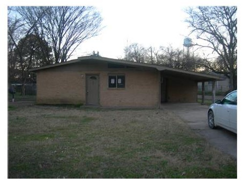 Photograph of 100 Miller St, Sidon, MS 38930