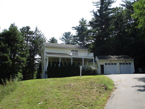 Photograph of 585 Cherry Valley Rd, Gilford, NH 03249