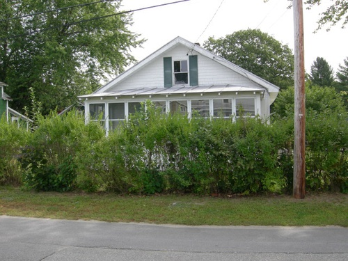 Photograph of 19 Summer St, Madison, ME 04950