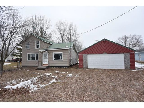 Photograph of W212 Lincoln St, Fremont, WI 54940