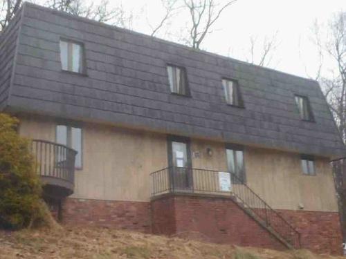 Photograph of 117 Walnut Ridge Dr, Pittsburgh, PA 15238