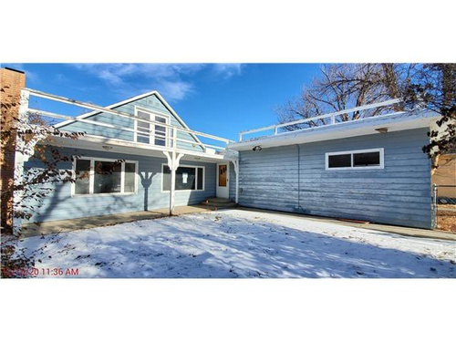 Photograph of 909 Grace Ave, Worland, WY 82401