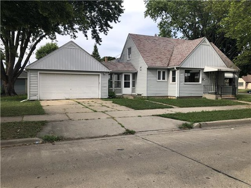 Photograph of 5800 W Vienna Ave, Milwaukee, WI 53216