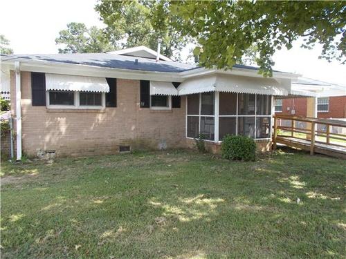 Photograph of 702 E Cedar St, Augusta, GA 30901