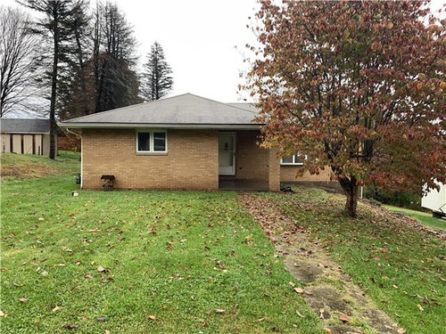 Photograph of 114 Rothen Ave, Butler, PA 16001