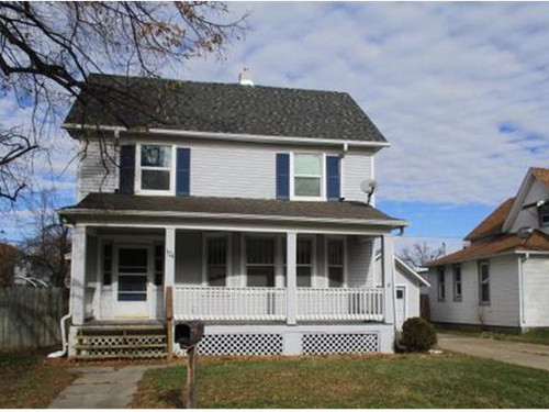 Photograph of 124 E Linden Ave, Fremont, NE 68025