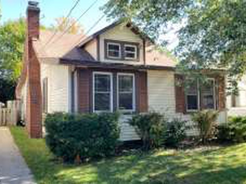 Photograph of 1045 Elmwood Dr, Willoughby, OH 44094