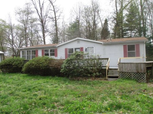 Photograph of 11911 Folsomville Rd, Tennyson, IN 47637