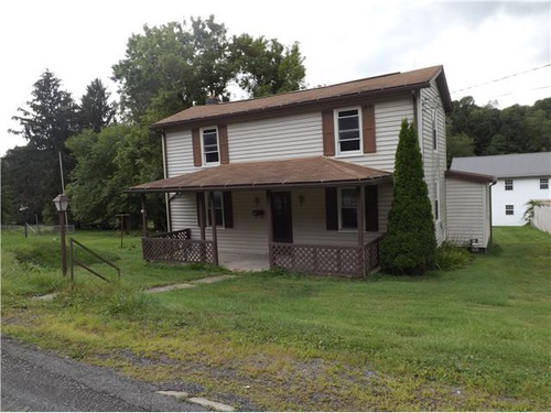 Photograph of 110 Sisler St, Kingwood, WV 26537