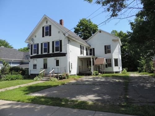 Photograph of 70 School St, Newport, VT 05855