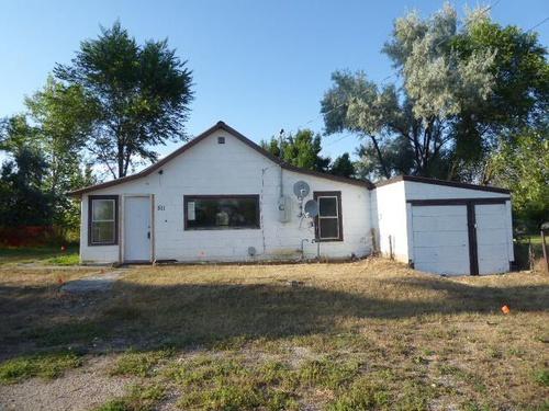 Photograph of 511 E Carbon Ave, Bridger, MT 59014